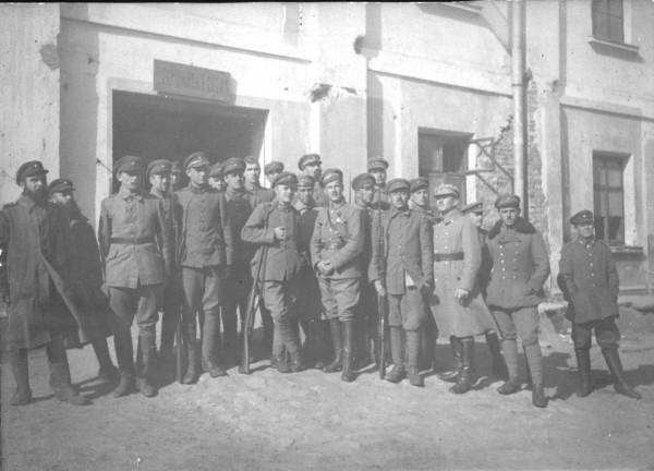 Інтерновані старшини 2-ї Волинської стрілецької дивізії Армії УНР, 1920 р.