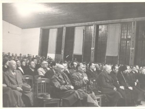 Відкриття першої сесії Української Національної Ради. 1948 р.