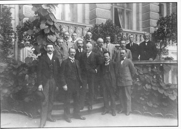 З'їзд керівників українських дипломатичних місій і посольств УНР у Карлсбаді. 1919 р.