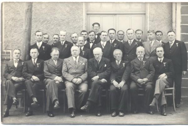 Нагородження Хрестами Симона Петлюри ветеранів Визвольних змагань 1917-1921 рр. Везін-Шалет, Франція, 1936 р.